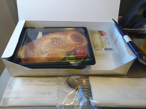成田ー釜山線 サンドイッチ