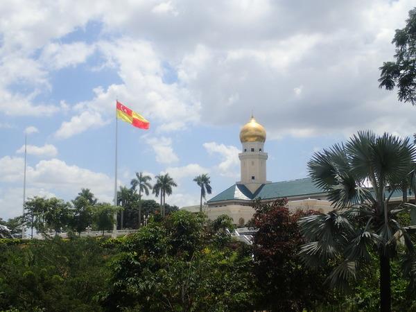 マレーシア クラン 王宮とスランゴール州の旗