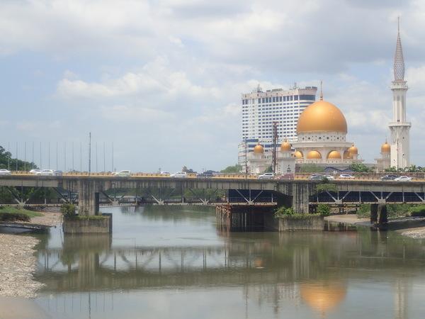マレーシア クランのいわばゴールデンモスク